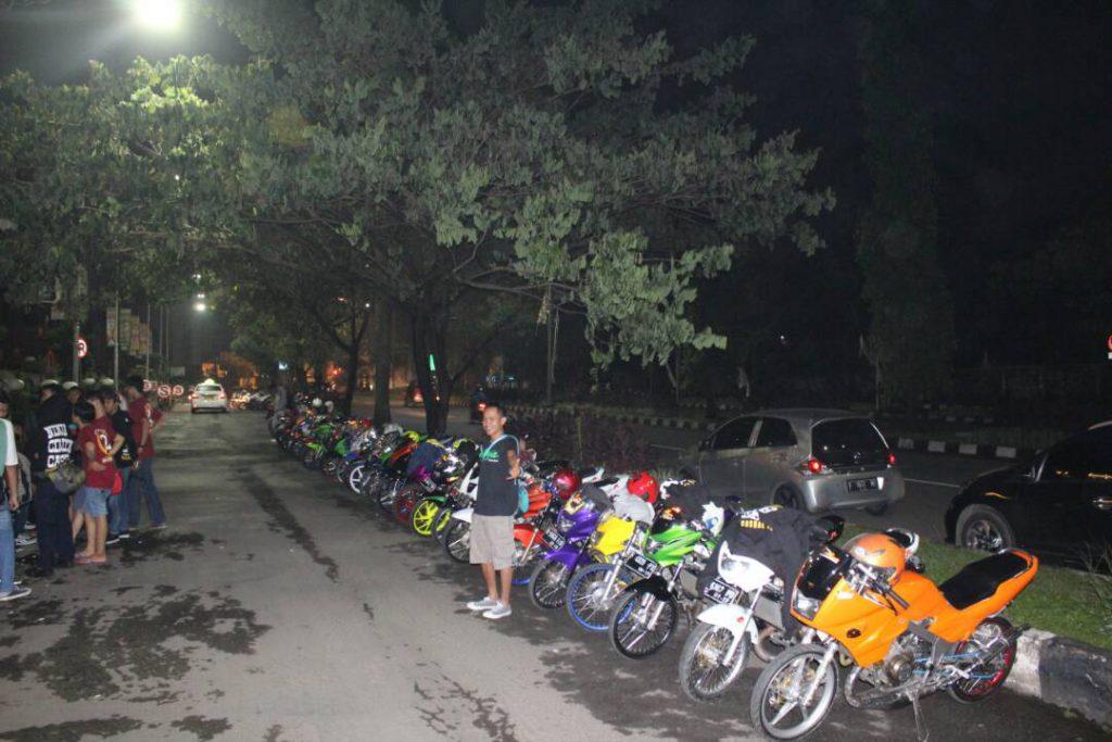 "Seluruh Motor Anggota Club Ninza Cibinong Casual "" NCC """