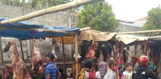 Penjual Daging Segar Di Pasar Tohaga Cariu Bogor