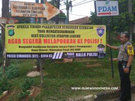 Pemasangan Spanduk Pencegahan Debt Collector Oleh Polsek Cimanggis Depok