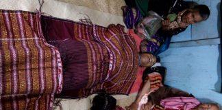 Jenazah Roy Ricky Sinaga disemayamkan dirumah Duka didesa Gorat Parlombuan Kecamatan Palipi Samosir Sumatera Utara.