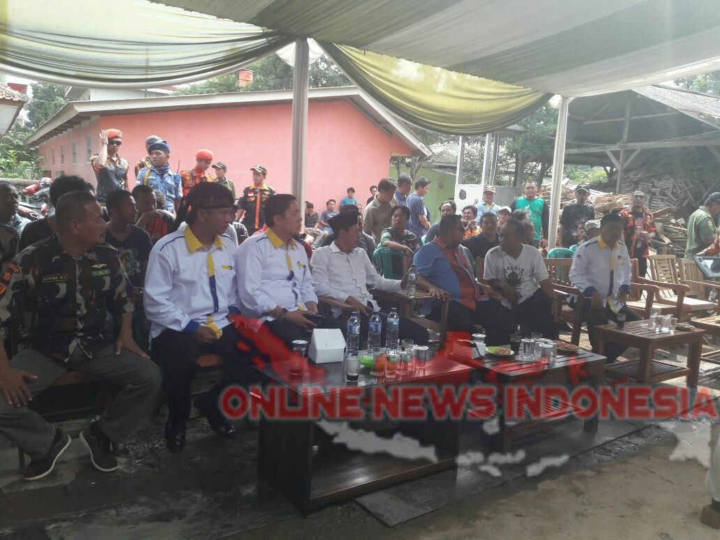 Foto : Suasana Kegiatan Kampanye Calon Bupati Bogor Paslon Nomor Urut 3 Di Wilayah Desa Linus Nunggal.