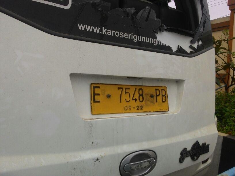Foto : Kendaraan yang mengalami kecelakaan di tanjakan emen.