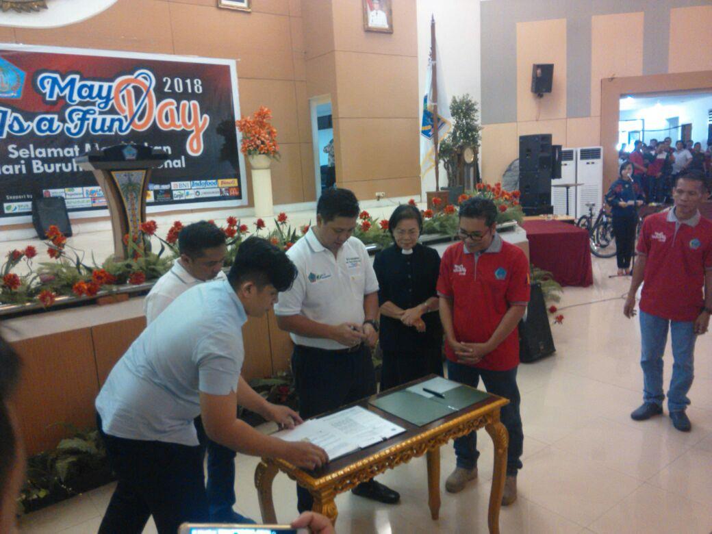 Penandatanganan MOU Antara Pemprov Sulut Dengan BPJS Ketenagakerjaan Serta BSAUA
