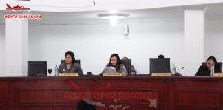Wakil Bupati Karo Cory Sriwaty Br Sebayang (kiri baju hitam) Bersama Ketua DPRD Karo Nora Else (saat memberikan paparan) kamis (06/09)