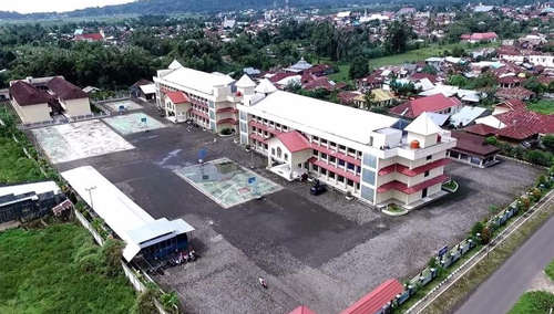 Kompleks SMA Yadika Langowan