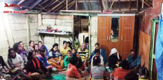 Rumah duka Sritety Simbolon(14), salah satu diantara tiga korban tenggelam di Pantai Sidae dae Pintu Batu Samosir, dipenuhi masyarakat untuk melayat, Rabu(05/09)