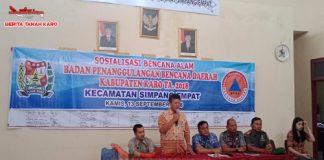 Kepala BPBD Kab Karo Martin Sitepu saat memberikan pengarahan dalam acara sosialisasi penanggulangan bencana alam di Kantor Camat Simpang Empat, Kamis (13/09)