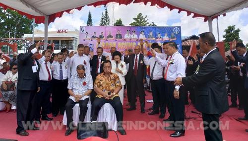 Doa Bagi Bupati Minahasa Ir. Royke Roring MSi Dan Wakil Bupati Minahasa Robby Dondokambey SSi