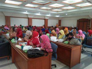 Peserta workshop literasi Komunitas Gemar Menulis dan Membaca