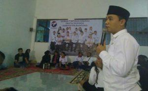 Ketua DPW GRIND PERINDO Jawa Barat Deden Dinar Mukti Memberikan Sambutan