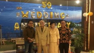 Wakil Walikota Balikpapan Rahmad Masud (Kiri) Bersama Joopie Nelwan & Erna Mamesah, Kabag Pembangunan Pemkot Balikpapan (Kanan) Freddy Nelwan
