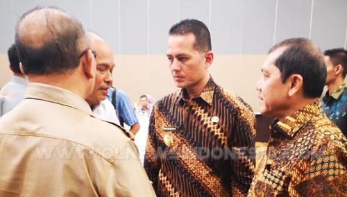 Bupati Karo Terkelin Brahmana SH bersama Wakil Gubernur Sumatera Utara Musa Rajeksah, Selasa (26/03) 2019 di Hotel Santika Medan.