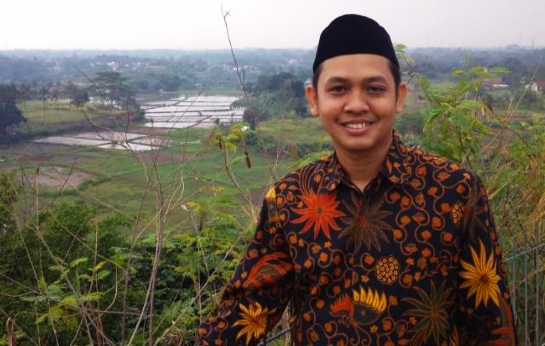 Santri Terbaik Alaw Depok, Djauharurbar tengah berfose. (Foto:Usman Azis)