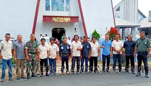 Sinergisitas Pengamanan antara Kepolisian Sektor Tompaso, Koramil Kawangkoan Tompaso dan Panji Yosua di Gereja GMIM EFATA TOMPASO.