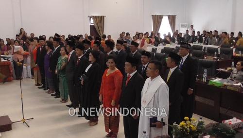 foto : Pelantikan Anggota DPRD Kabupaten Samosir periode 2019 - 2024