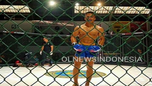 Ket foto  :Roberto Manik saat berada di sasana Linda aji Semarang saat menangkan kelas 71 Kg Kick Boxing Di Semarang, Minggu (01/12) 2019  (Ist)