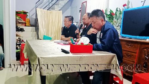 Panitia Lokal di Ketuai oleh Bpk. Proklamaxi Sondakh sebagai Sekretaris Bpk. Noldy Takasenserang dan Bendahara Bpk. Hard Bolung.