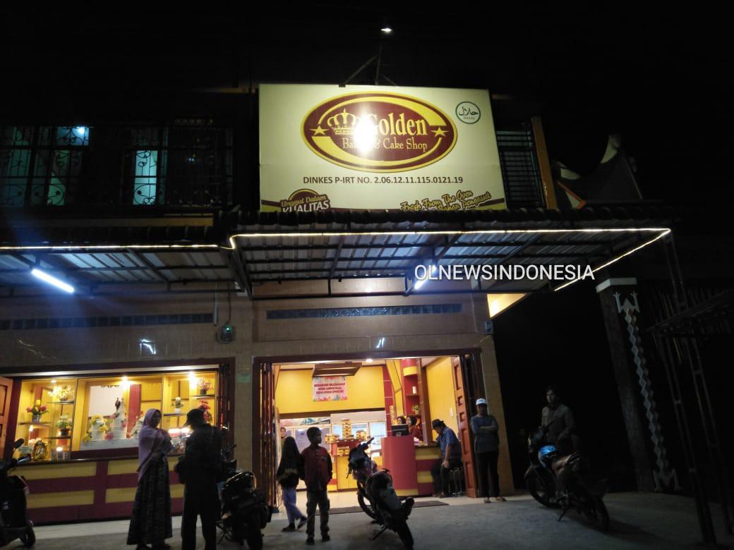 Ket foto : Lokasi perampokan Toko Roti Golden Jalan Letjen Jamin Ginting Kabanjahe, Rabu malam (26/02) 2020 (Ist)